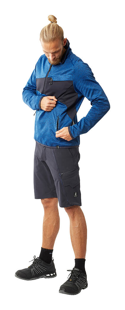 Arbeitsshorts & Pullover - Model - MASCOT® ACCELERATE